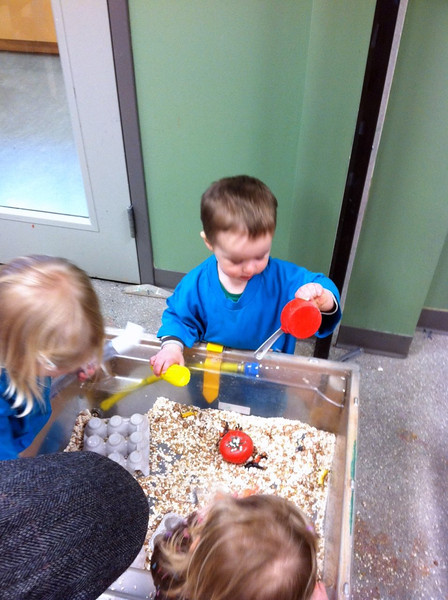 Messy Toddlers class at the Children's Museum