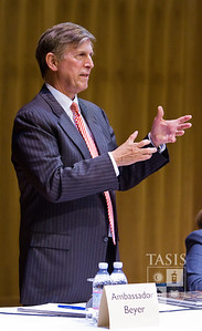 U.S. Ambassador to Switzerland visits TASIS