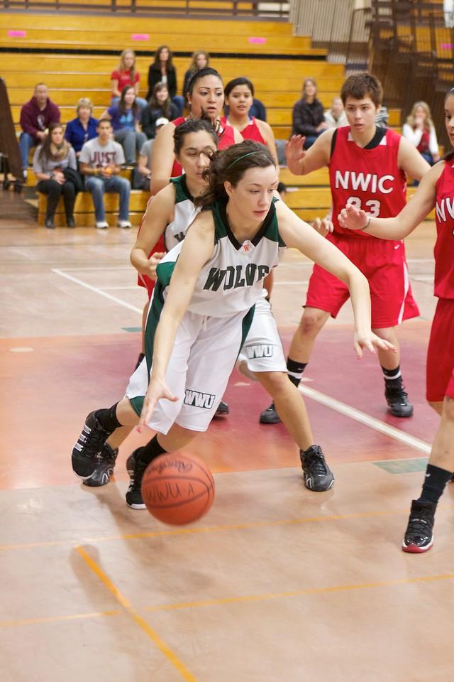 02-18-11 Women's Basketball