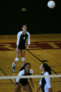 082610 AHS Varsity VB vs Johns Creek 016