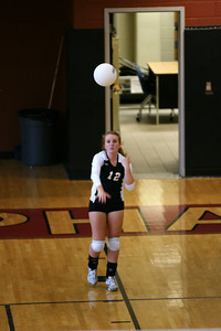 082610 AHS Varsity VB vs Johns Creek 025