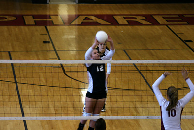 082610 AHS Varsity VB vs Johns Creek 017