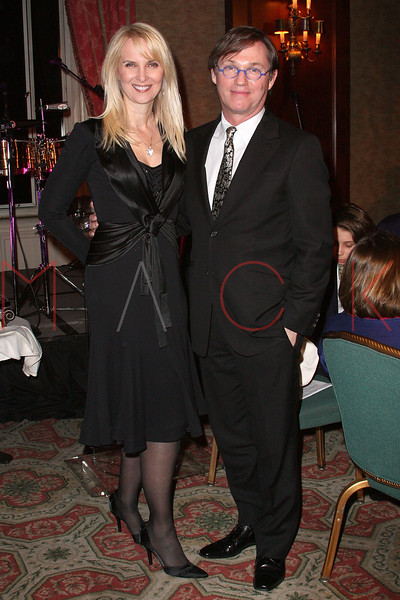 NEW YORK - APRIL 26:  Sara Herbert-Galloway and Richard Thomas attend the 2nd Annual National Meningitis gala at the New York Athletic Club on April 26, 2010 in New York City.  (Photo by Steve Mack/S.D. Mack Pictures) *** Local Caption *** Sara Herbert-Galloway; Richard Thomas