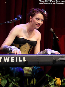 Amanda Palmer supporting Evelyn Evelyn at Oberon in Cambridge, Massachusetts on April 12, 2010.