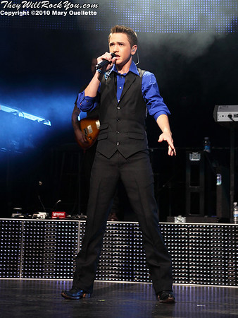Aaron Kelly performs during the American Idol Live show at the Comcast Center on July 18, 2010 in Mansfield, MA.