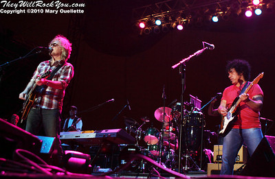 Hall & Oates perform at The Beale Street Music Festival in Memphis, TN on May 1, 2010.