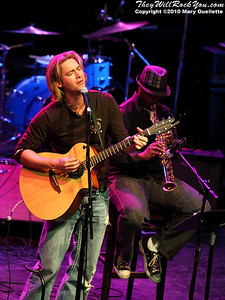 Bronson Arroyo (Pitcher for the Cincinnati Reds) open the Hot Stove Cool Music Benefit Show in Boston at the House of Blues on January 9, 2010