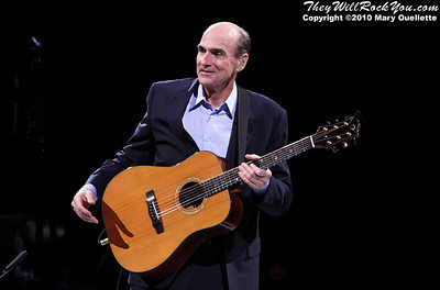 Carole King and James Taylor perform on their Troubadour Reunion Tour on June 19, 2010 at the TD Garden in Boston, MA.