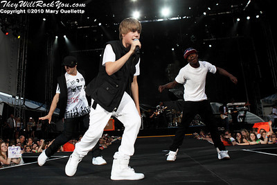 Justin Bieber performs at Gillette Stadium in Foxboro, MA on June 5, 2010.