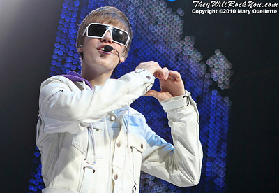 "Justin Bieber performs on November 16, 2010 during his ""My World"" tour at the TD Garden in Boston, Massachusetts"