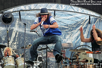 Kid Rock performs at Gillette Stadium on July 24, 2010 in Foxboro, Massachusetts.