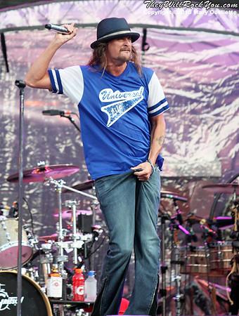 Kid Rock performs at Gillette Stadium on July 24, 2010 in Foxboro, Massachusetts.