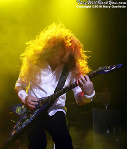 """Megadeth co-headline their """"American Carnage"""" Tour at the Tsongas Arena in Lowell, MA on August 14, 2010 - TheyWillRockYou.com"""