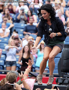 Sara Evans performs on August 21,2010 at the 7th Annual New England Country Music Festival at Gillette Stadium in Foxboro, Massachusetts.