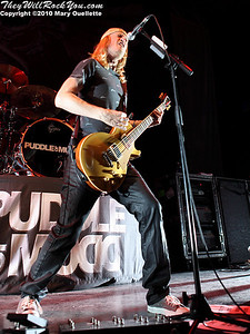 Wes Scantlin of Puddle of Mudd performs at The House of Blues on January 26, 2010 in Boston, MA