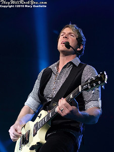 Joe Don Rooney of Rascal Flatts perform at Mohegan Sun Arena on January 15, 2010 in Uncasville, CT