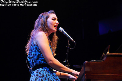 Sara Bareilles performs on July 9, 2010 at the House of Blues in Boston, Massachusetts.