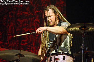 "Barry Kerch of Shinedown performs on the ""Carnival of Madness"" tour at the Mohegan Sun Arena on August 4, 2010 in Uncasville, Connecticut."