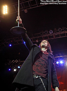 Myles Kennedy performs with Slash \at the House of Blues on September 15, 2010 in Boston, Massachusetts.