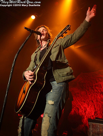 John Rzeznik of The Goo Goo Dolls performing at The Casino Ballroom in Hampton Beach, New Hampshire on April 15, 2010