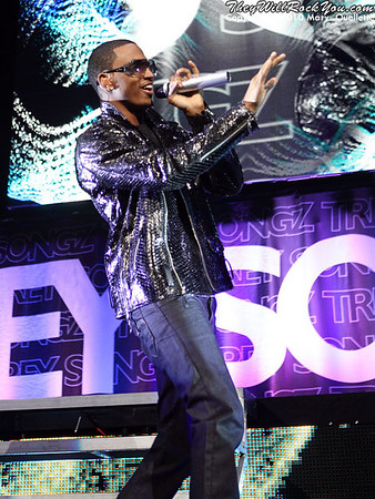 """Trey Songz performs on December 21, 2010 in support of """"Passion, Pain & Pleasure"""" at the TD Garden in Boston, Massachusetts"""