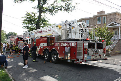Photos  Palisades Park 2nd alarm 234 B 3rd St. 8-26-10