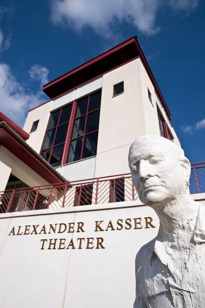 2010; campus; building; kasser
