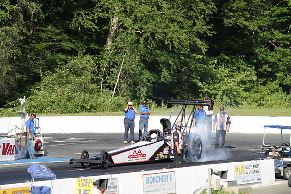Top Alcohol Dragster Burnouts and Action