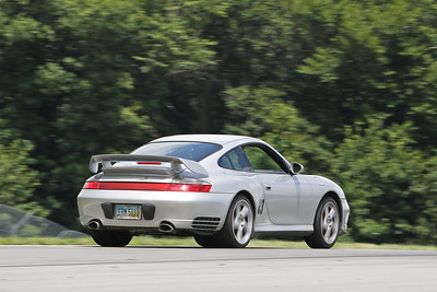 IMG_5150_Hitzeman_NASA GL Mid-Ohio_HPDE 23 Porsche 996_Geisler_Jul 2010