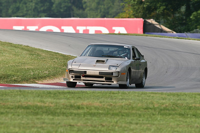 Hitzeman_NASA GL Mid-Ohio_HPDE#19 Porsche 944_Petrick_Jul-Aug 2010-8036