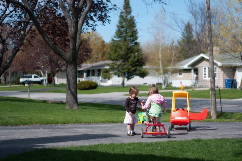 04-28-2010 playing outside_0018