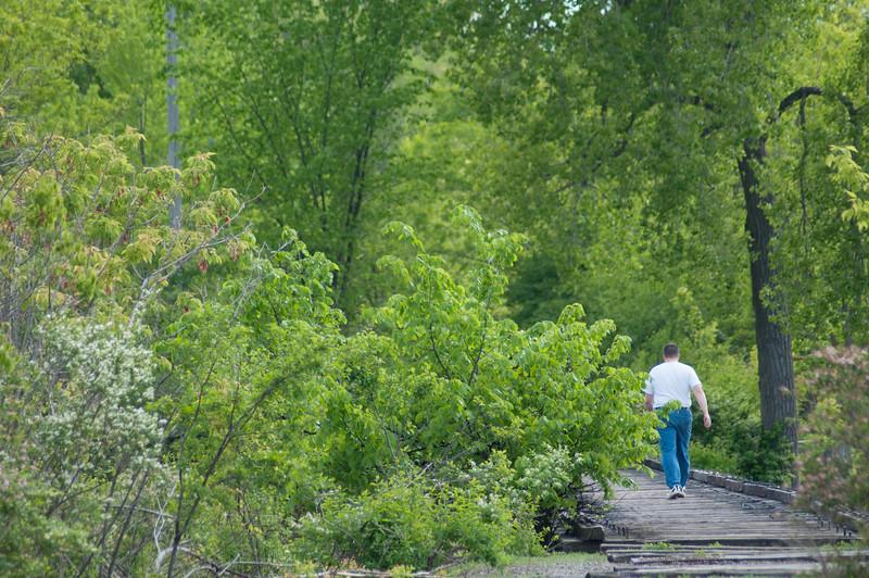 05-16-2010 walk_0014