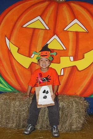 2010-10-29 Kindergarten Halloween