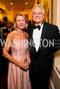 Elizabeth Baker Keffer, Shelby Coffey. Photo by Tony Powell. Atlantic Council 2010 Annual Awards Dinner. Ritz Carlton. April 28, 2010