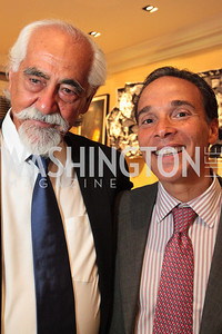Mario Robles Ricardo Ernst. Book party for Eric Haseltine hosted by Arturo and Hilda Brillembourg. Photos by Alfredo Flores