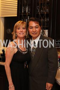 Bonnie Casey, Victor Kim