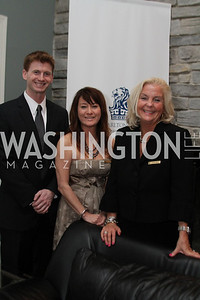 Christopher Stone, Penelope Crosby, Kathy Sain