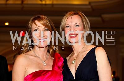 Jane Seymour, Physician Laureate Award honoree Dr. Elizabeth Nabel. Larry King Cardiac Foundation Gala.