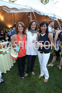 Jacque Anderson, Gayla Reed, Robin Williams. Life With Cancer Lobster Dinner. May 1st, 2010. Photos By Samantha Strauss.