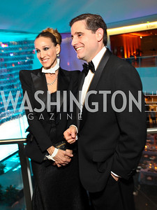 Sarah Jessica Parker, Julius Genachowski. Photo by Tony Powell. Dinner in honor of the 2009 Recipients of the National Medal of Arts and the National Humanities Medal. Museum of American History. February 24, 2010