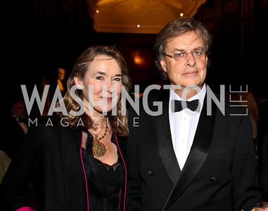Photo by Tony Powell. Leslie and Andrew Cockburn. PEN/Faulkner Gala. Folger Shakespeare Library. September 20, 2010