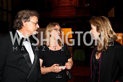 Photo by Tony Powell. Andrew Cockburn, Margaret Talbot, Leslie Cockburn. PEN/Faulkner Gala. Folger Shakespeare Library. September 20, 2010