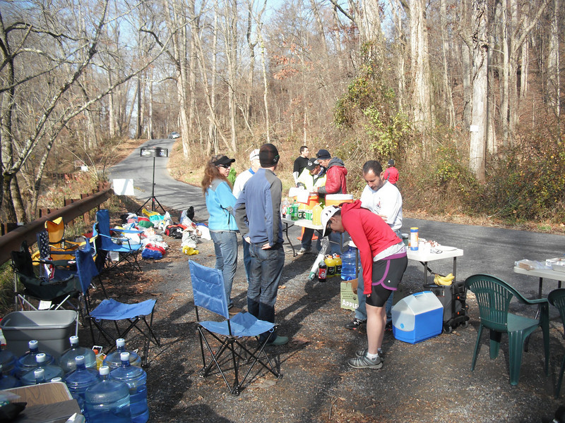 Stone Mill 50 Mile 2010 - Berryville Road Aid Station - Photo by Greg Lepore