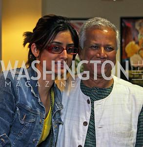 Kusum Purohit, Muhammad Yunus