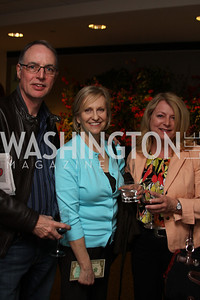 Angus Robertson, Denise Couture, Nancy Robertson