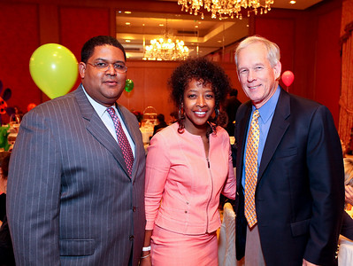 THEARC Exec. Dir. Edmund Fleet, FedEx's Gina Adams, THEARC Co-founder Skip McMahon. THEARC's Dr. Seuss Tea. Four Seasons Hotel. October 11, 2009. photos by Tony Powell