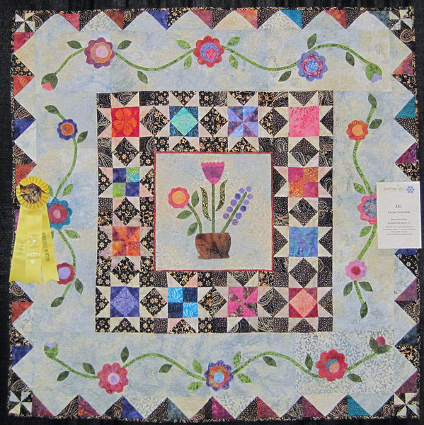 Honorable Mention<br /> Batiks in Bloom<br /> Mary Ann Glary