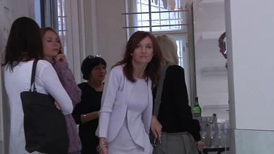 2010-10-06 Beata Rajska - den vybouranych dveri 720p C