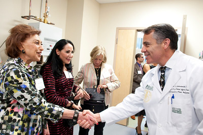 111610_Ribbon_Cutting_BRB-Cancer_Center-4988