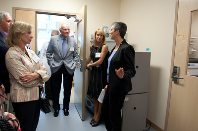 111610_Ribbon_Cutting_BRB-Cancer_Center-5023